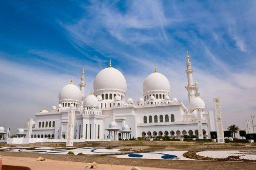 Dubai to Abu Dhabi City Tour with Grand Mosque, Ferrari World 2021