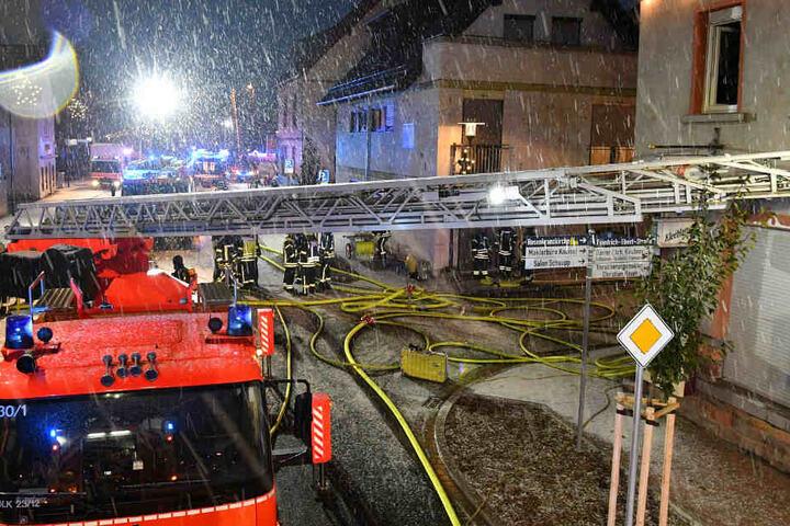 Brand in Stockstadt am Main Zwei Menschen in Lebensgefahr