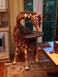 Coolest High Chair Ever Looks Like a Giraffe - TechEBlog