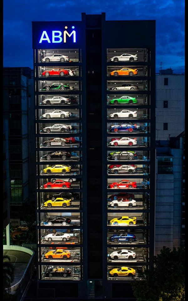 World's Largest Luxury Car Vending Machine Can Store Up To