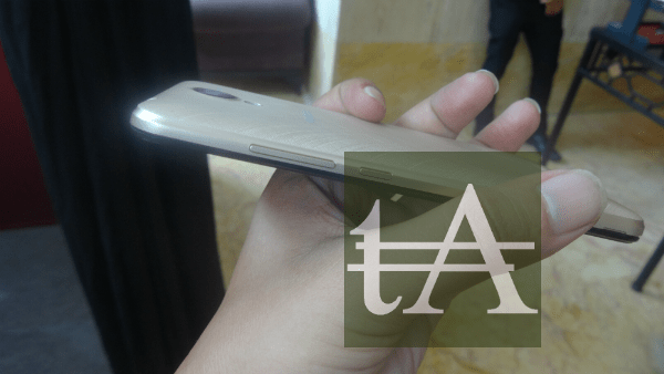 Karbonn-Titanium Mach Five Buttons