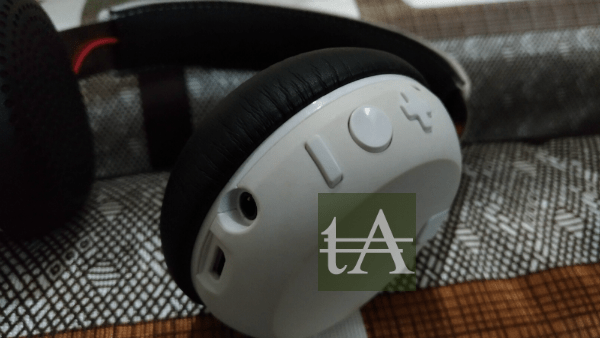 Skullcandy Grind Wireless Buttons