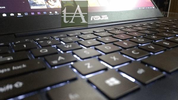 Asus ZenBook UX430 Logo Keys