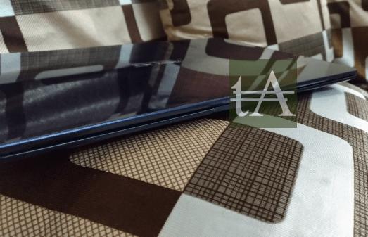 Asus ZenBook UX430 Size