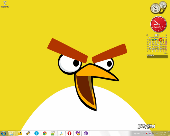 Official_Angry_Birds_Theme_For_Windows_7-2