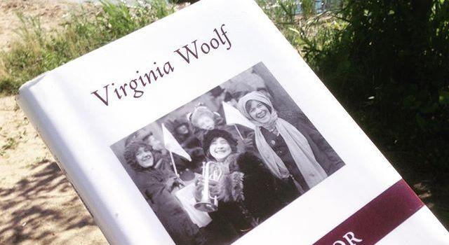 Med Woolf på stranden