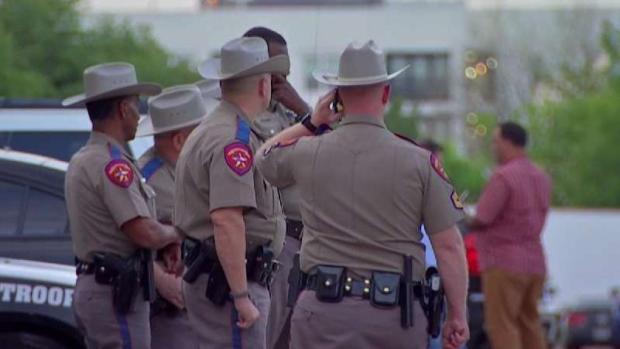 [TLMD - Dallas] Buscan a persona de interés tras tiroteo en Dallas