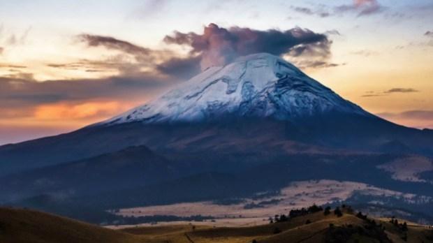 Así fue la explosión de temido volcán tres minutos después del terremoto