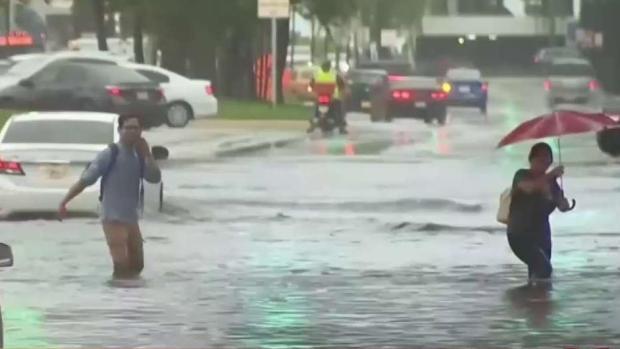 [TLMD - MIA] Mareas altas impactan sur de Florida en avanzada de Dorian