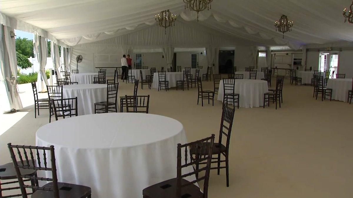 Reanuden fiestas privadas en salones, pero con restricciones