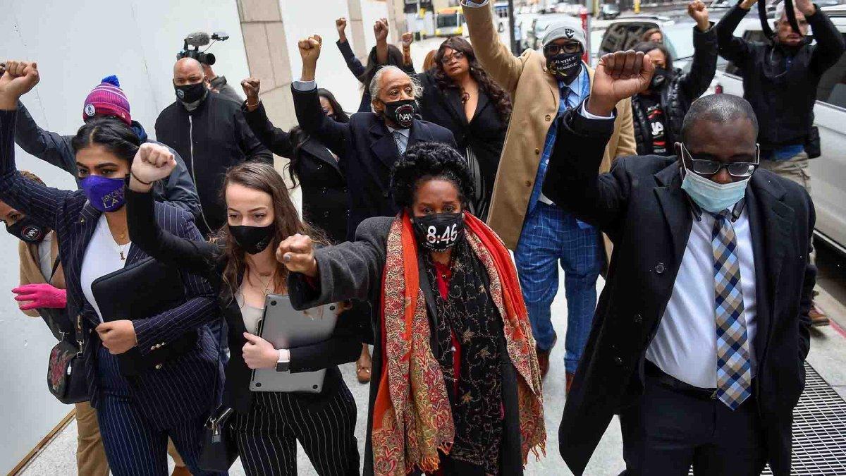 Death of George Floyd: US awaits verdict in Derek Chauvin trial
