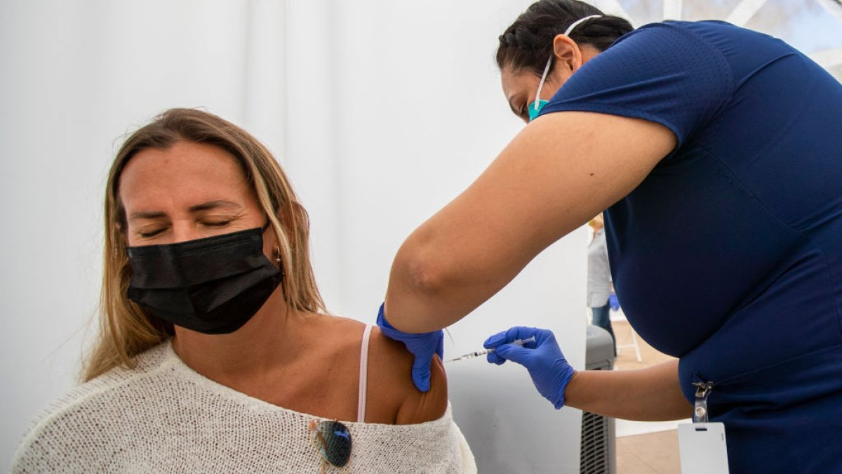 US reports 5,800 infections among people already vaccinated for Covid-19