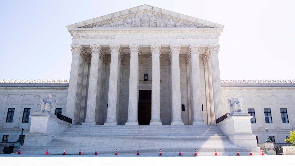 US Supreme Court limits the police power to enter a home without a warrant