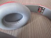 gros plan haut parleur et clac de surete - MTX Audio