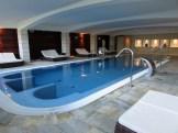 piscine interieure du spa