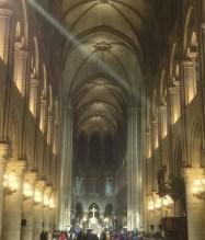 Intérieur Notre Dame de Paris