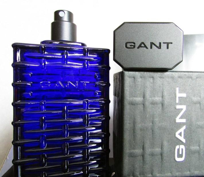 détails parfum gant