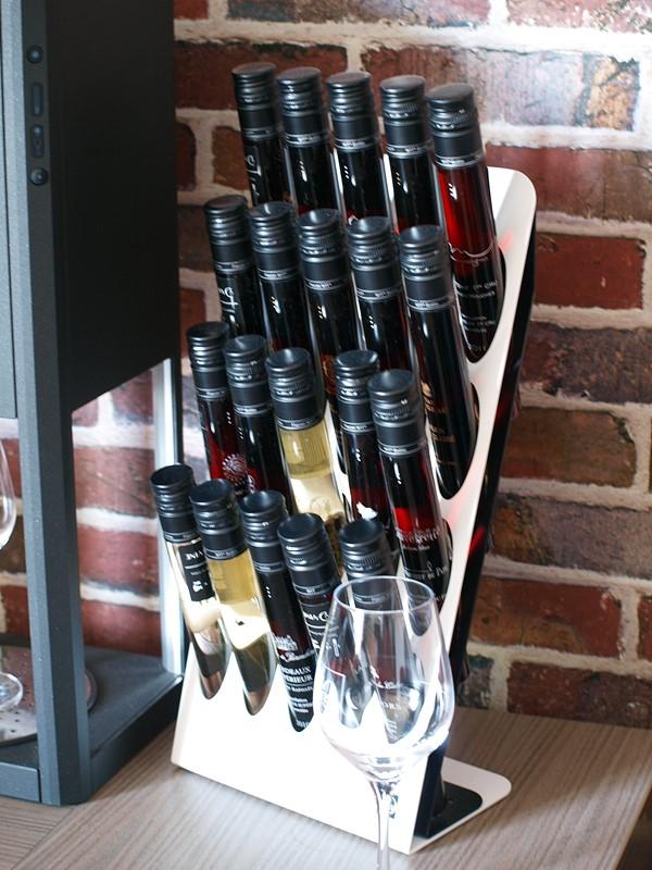 support d-vine et 25 flacons