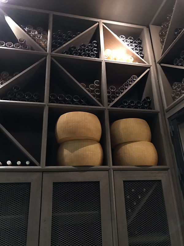 il ristorante entree bouteilles fromages