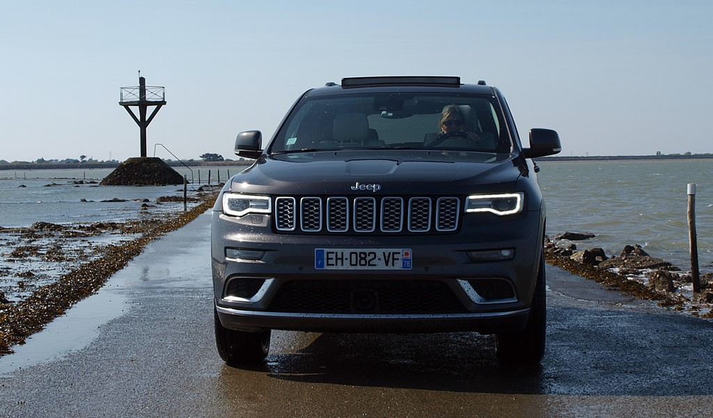 jeep grand cherokee summit signature route du gois