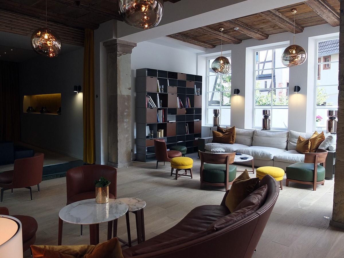 5 terres salon lounge