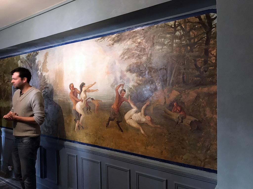 etoile bleue fresque chambre cure