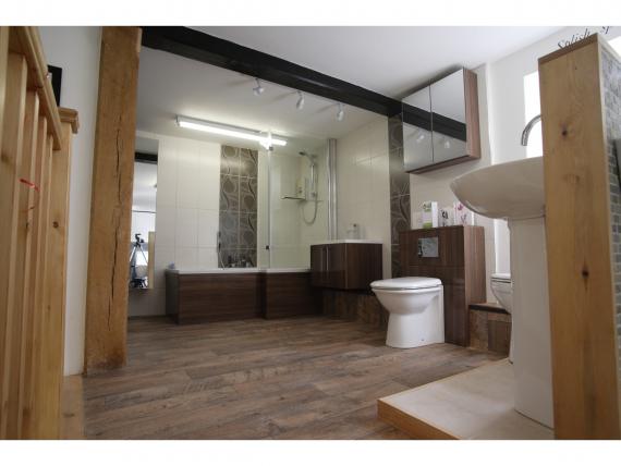 Rothwell Tiles & Bathrooms Ltd Kettering