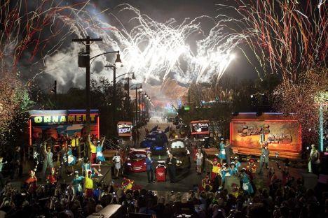 Disney's California Adventure Da poche ore aperta la nuova area, più di 4 ore di coda