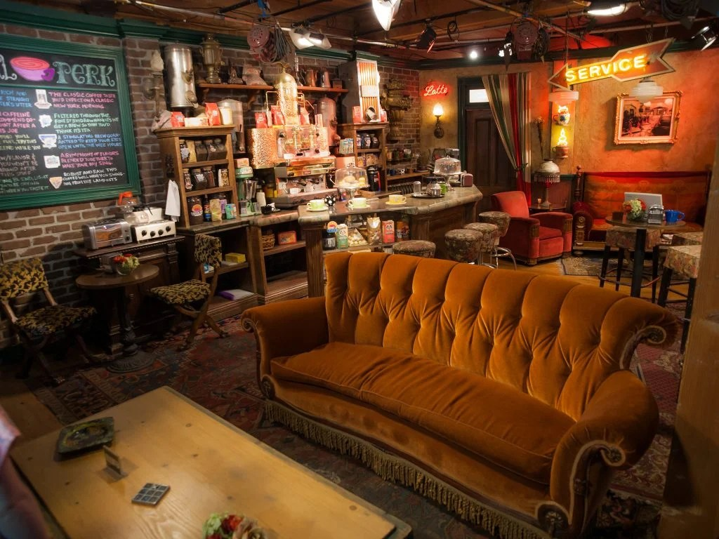 friends sofa replica wesley hall signature friendsfest is coming to manchester