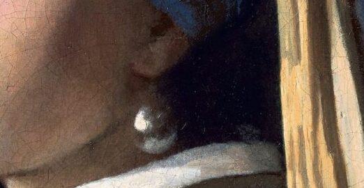真珠の耳飾りの少女アップ