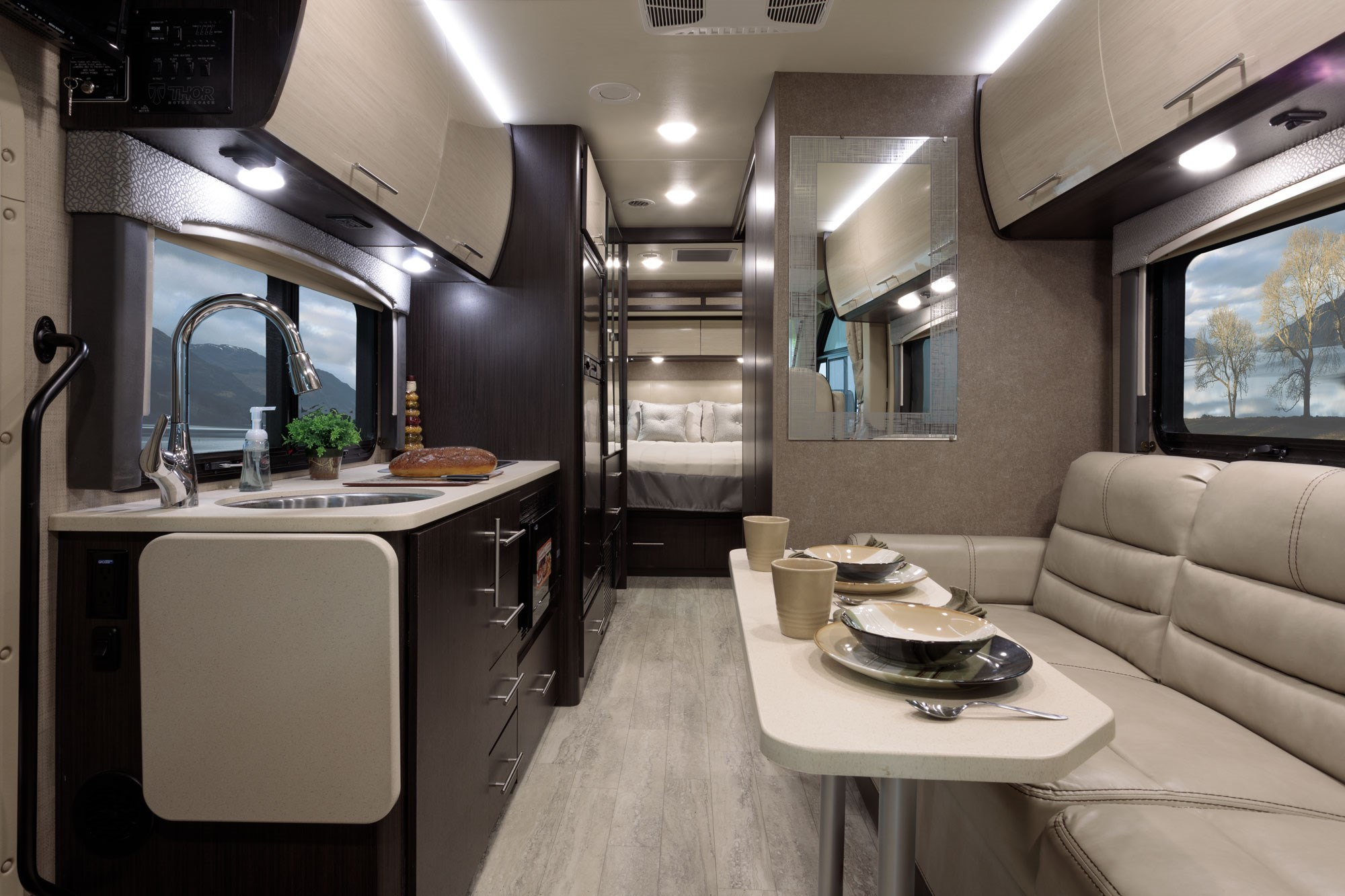 plans to build a sofa bed best canada 2016 vegas ruv class motorhomes | thor motor coach
