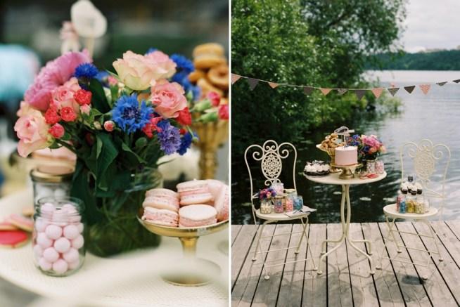 Bröllopstårta i rosa med limoncellogrädde och jordgubbar