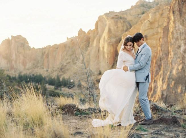 Bröllopsinspiration i gråblått Brittany Mahood