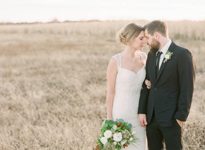 Vinterbröllop i naturens färger Brittany Mahood