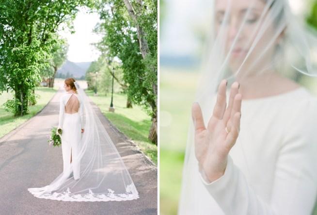 romantisk slöja med spets tillsammans med modern stilren klänning