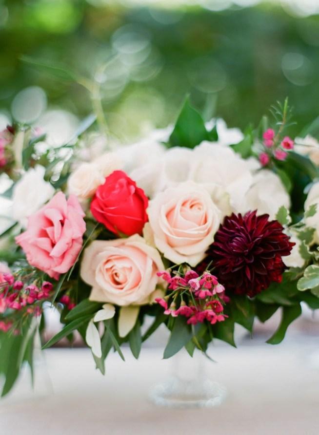 Bröllopsblommor i rosa toner