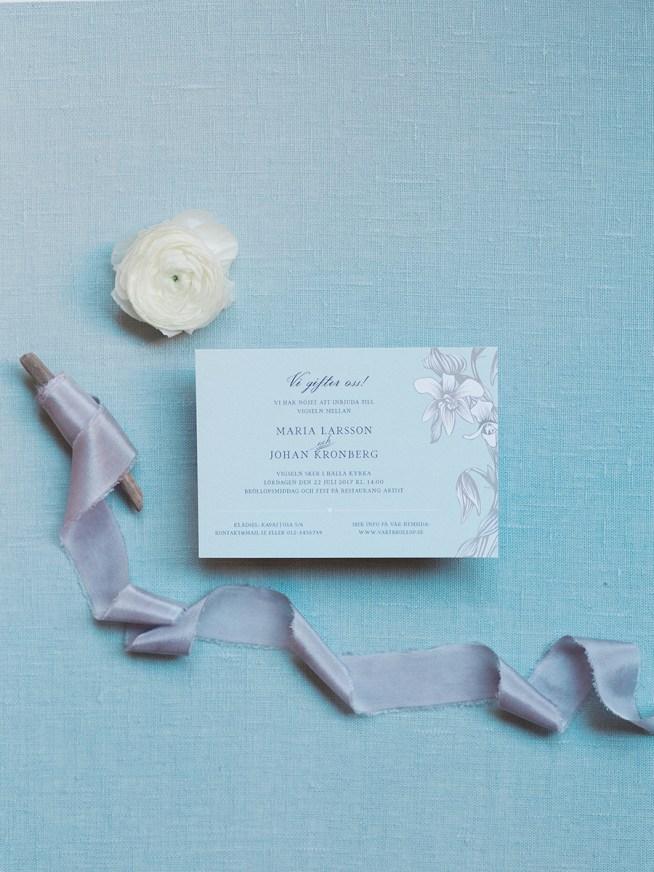 bröllopsinbjudan designad av Tryckstudion
