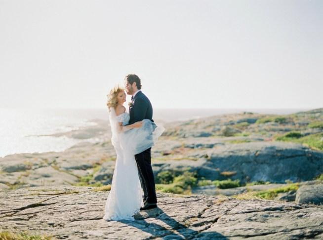 bröllopsporträtt på marstrands klippor alicia swedenborg