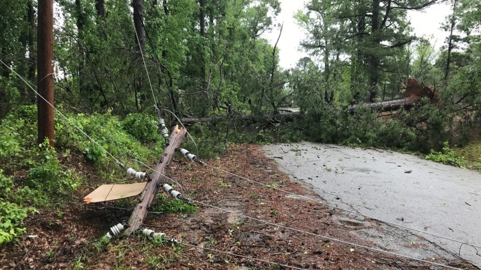 Severe weather brings tornados, flooding to Arkansas Thursday afternoon
