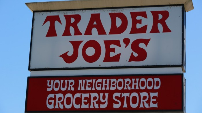It's finally happening: Trader Joe's moving into old Toys 'R' Us location in Little Rock