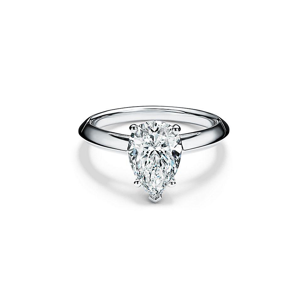 pear shaped diamond engagement
