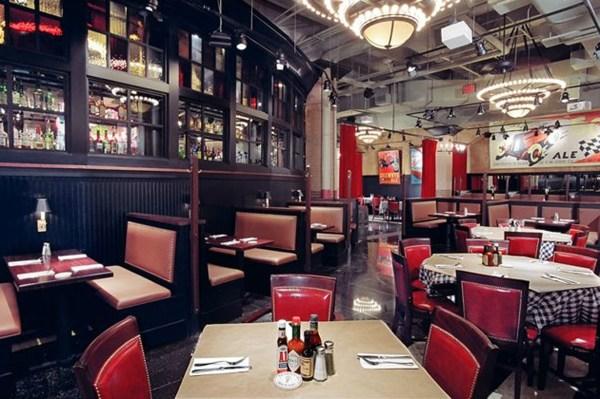 Heartland Brewery & Rotisserie Restaurants In Midtown West York