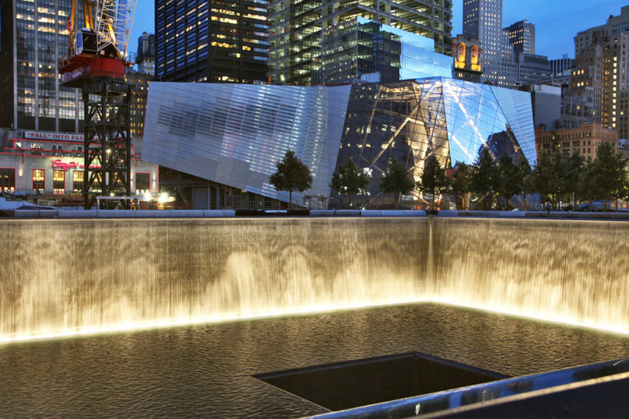 Guide To 9 11 Memorial And Museum Including Anniversary Events