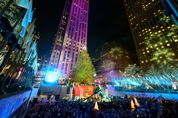 Rockefeller Center Christmas Tree Guide Nearby