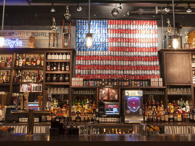 Best Country Bars In Chicago For Beer Music And BBQ