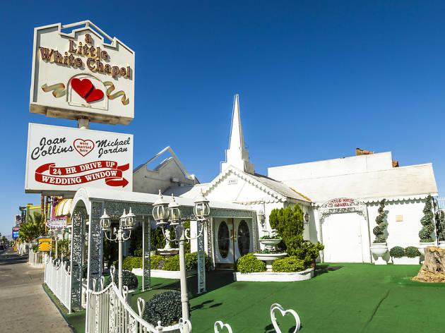Vegas Weddings White Chapel