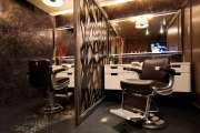 places men's haircuts