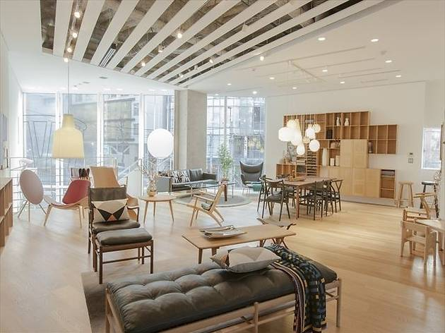dining table and chairs hong kong mesh office carl hansen & søn flagship store | shopping in harajuku, tokyo