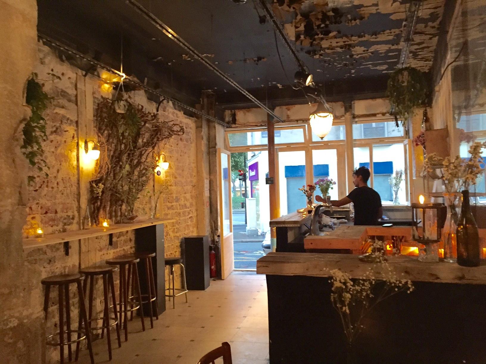 Chambre noire  Bars  FolieMricourt Paris