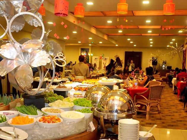Christmas Lunch Buffet  Restaurants in Sri Lanka